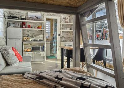 interieur chalet coolbox - Camping canne de bois